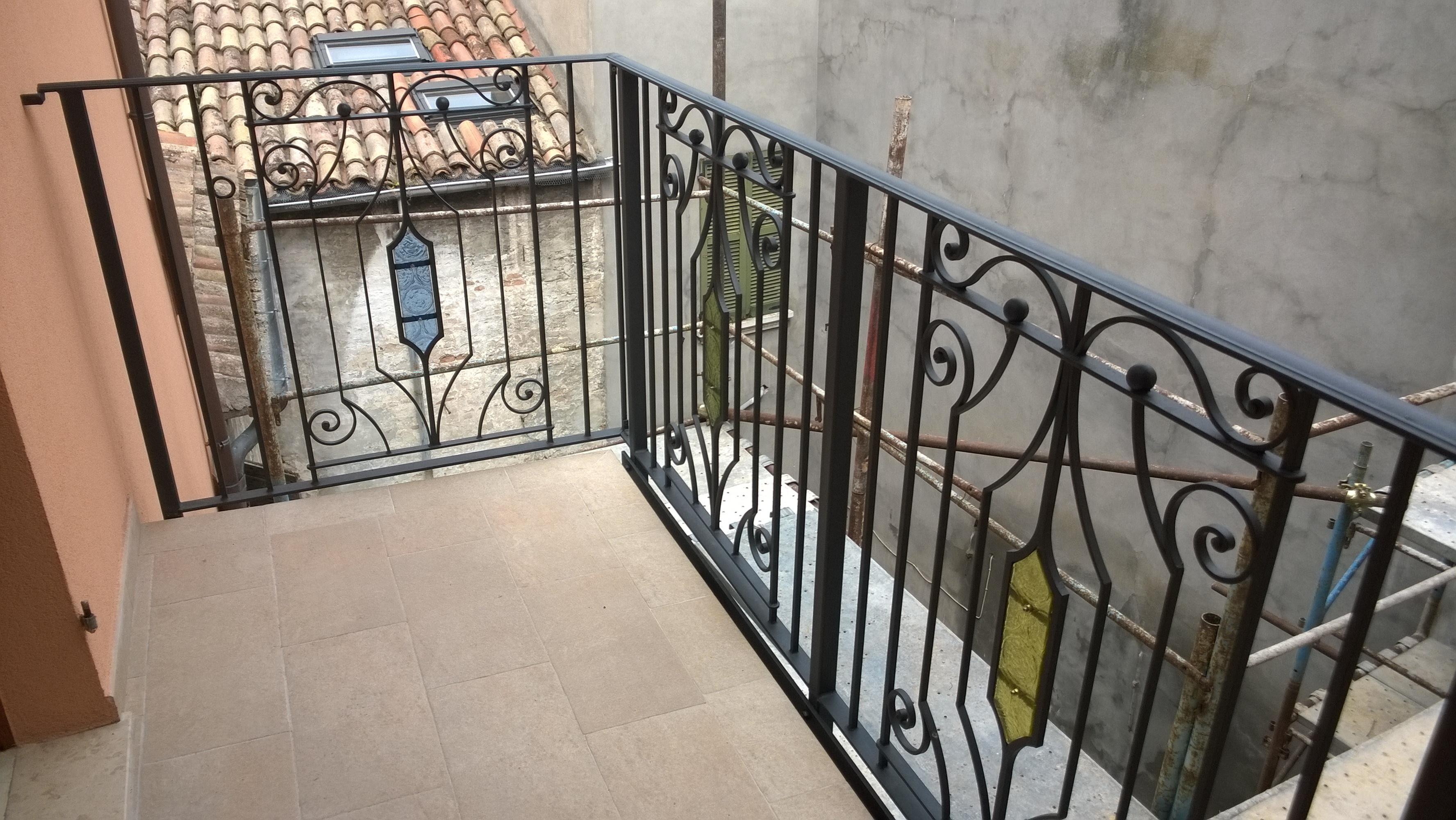 Ringhiere - Ringhiere per finestre in ferro ...